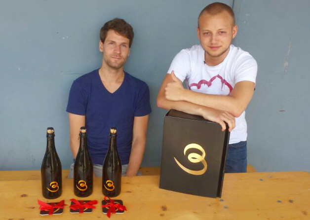Die Jungs von Biertrend.de testen die Alternative zum Bierbrauset: Biere von Bierzuliebe.de.